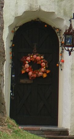 Holiday Wreath Decorations