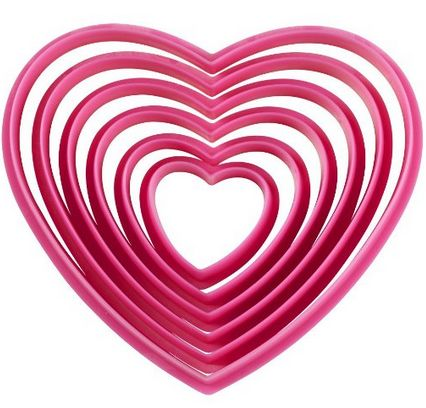 heart-shaped-cookie-cutters