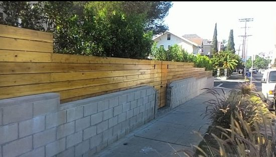 urban-walks-wooden-fencing