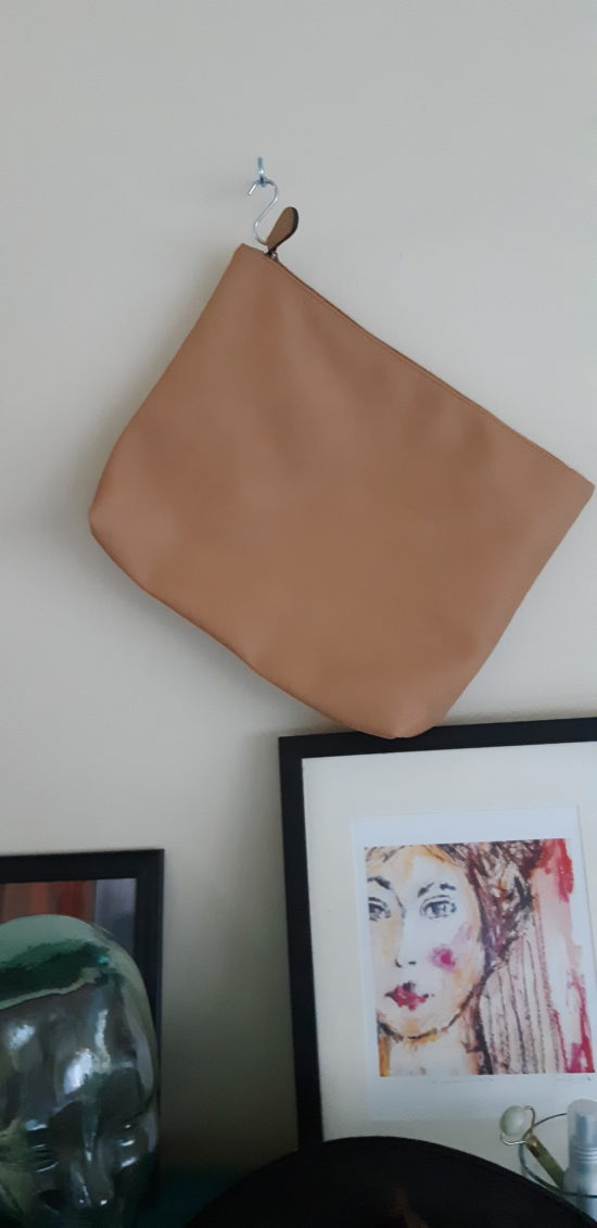 Using S Hooks for Purses-Organizing Small Spaces