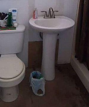 small bathroom makeover floors diy