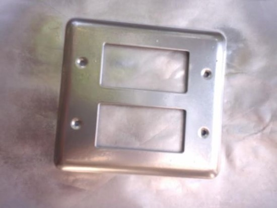 decorative-switchplate-spray-painted