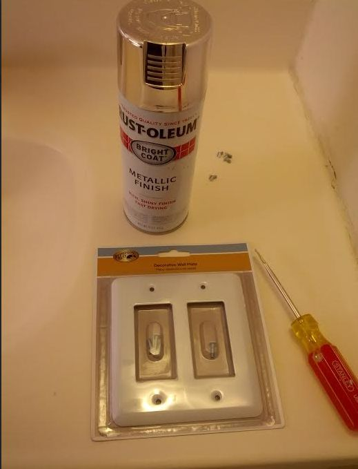 spray-painting-a-switchplate