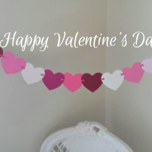 Happy Valentine's Day-Heart Garland