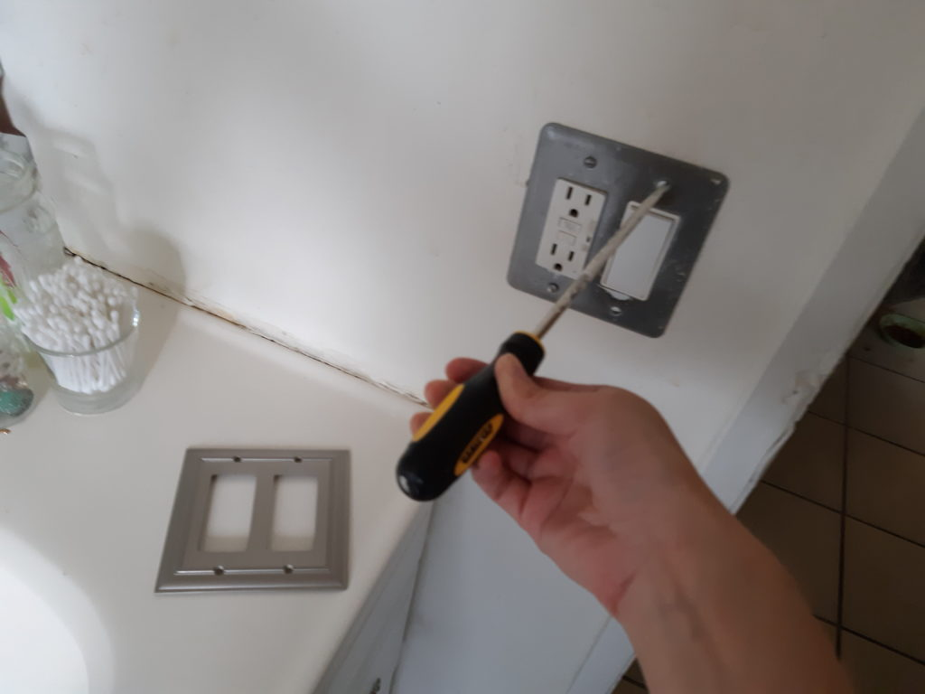 Removing and Upgrading a Switchplate for a Bathroom Upgrade- The easiest thing you can do to improve your space AND you can take it with you! See more.