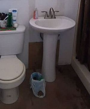 small bathroom makeover floors diy